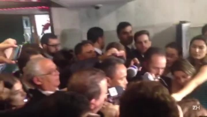 Líder anuncia nomes do PT que farão parte de comissão de impeachment