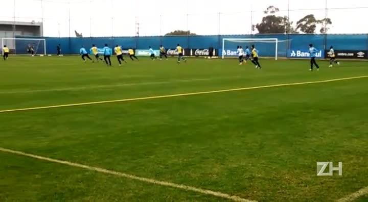 Fred e Edílson treinam para encarar o Vitória
