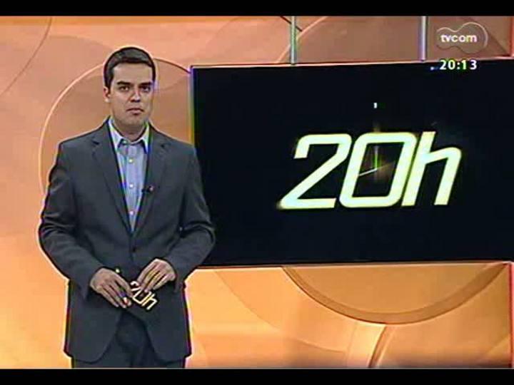 TVCOM 20 Horas - 01/01/13 - Bloco 2 - Segue o cerco a bandidos em Cotiporã