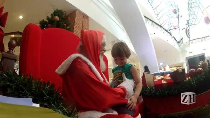 Ao pé do ouvido do Papai Noel