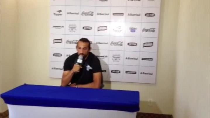 Barcos fala sobre a forma de jogar da equipe de Enderson Moreira. 22/01/2014