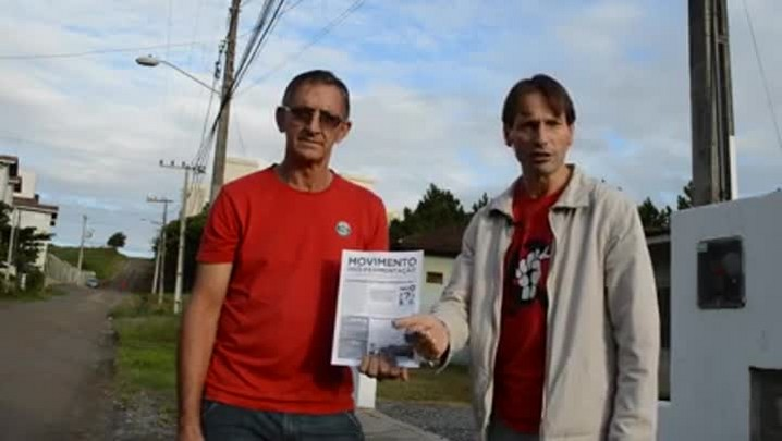 Moradores fazem manifestação para cobrar 300 km de pavimentação nas ruas de Joinville