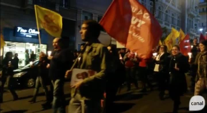 Funcionários públicos protestam contra governo do Rio Grande do Sul