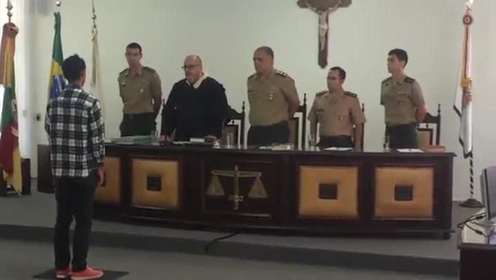 Ex-soldado recebe condenação de prisão por morte de colega no Regimento Mallet