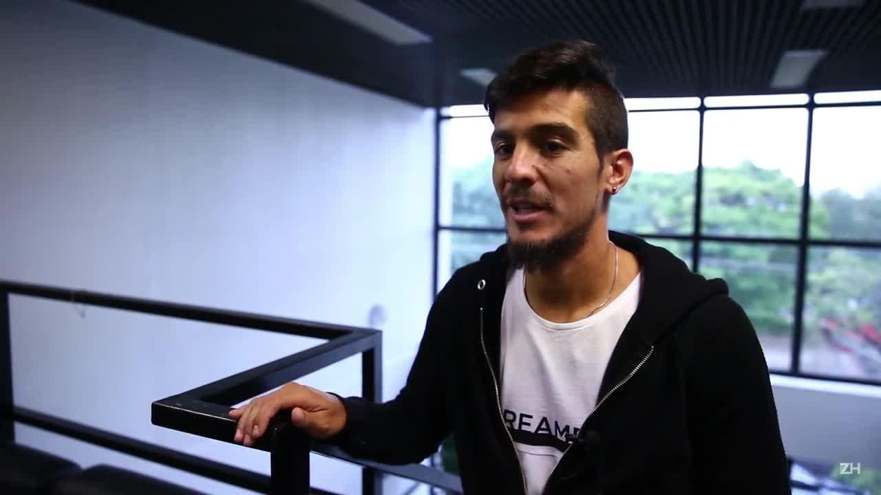 Passaporte Gre-Nal: bate-bola com Bertoglio
