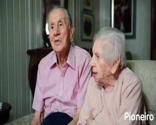 Deonilda Madruga, 104 anos, canta Pra Você Gostar de Mim