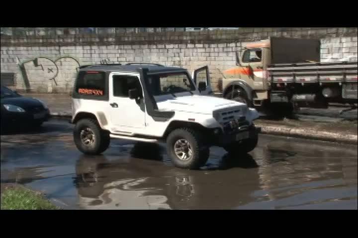 Carros e Motos - Saiba quais são os carros ideias para os dias de chuva - Bloco 1 - 01/09/2013