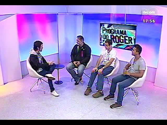 Programa do Roger - Elenco fala sobre a peça \'Dez mil seres - Ilha da Madeira\' - bloco 2 - 16/09/2013