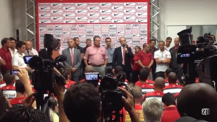 Luigi,Marcelo Medeiros e Abel Braga falam na reapresentação do Inter
