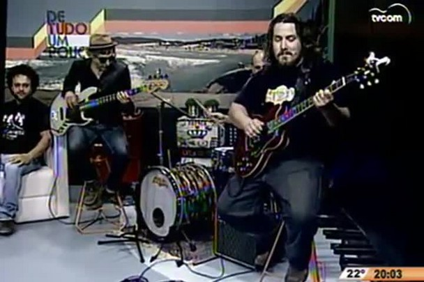 De Tudo um Pouco - Cacau bate um papo com com a banda Tribuzana Blues - 23.11.14