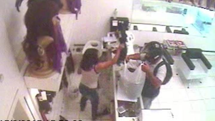 Ladrão rouba cabelos de loja da Capital