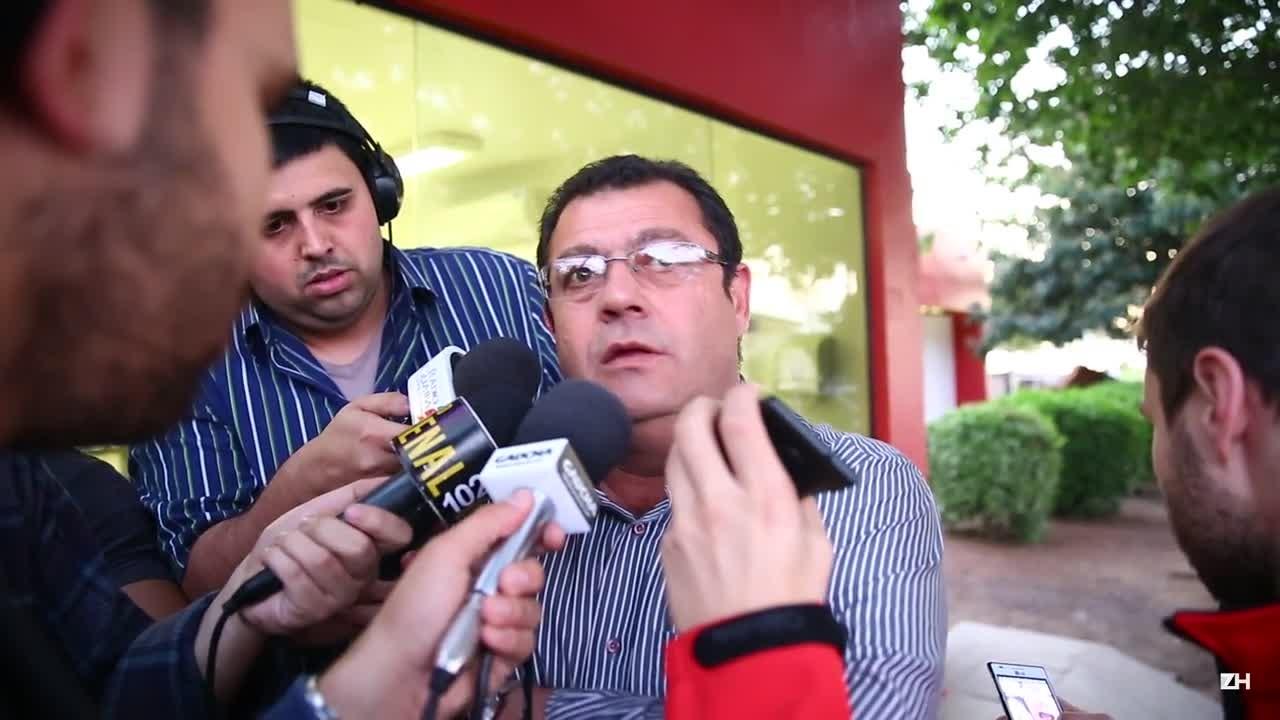 Carlos Pellegrini fala sobre o desligamento de Clemer do Inter