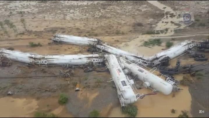 Trem com ácido sulfúrico descarrila na Austrália