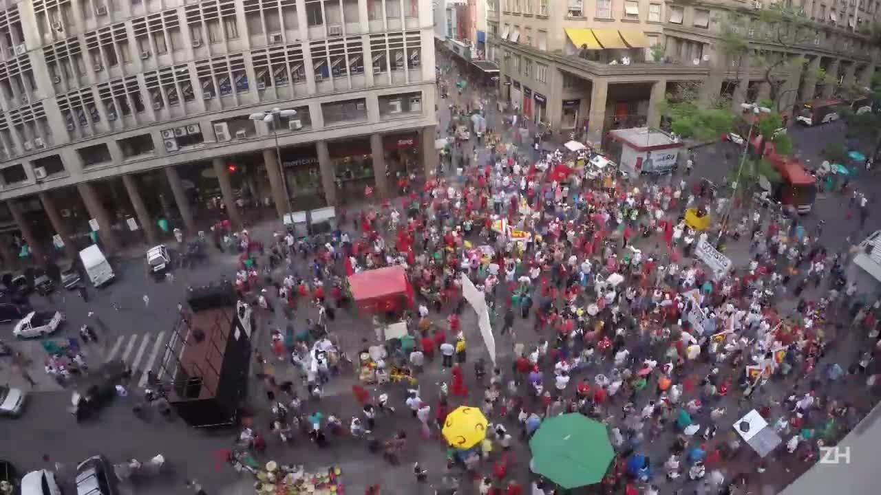 Time-lapse: veja como se formou a manifestação pró-Dilma em Porto Alegre