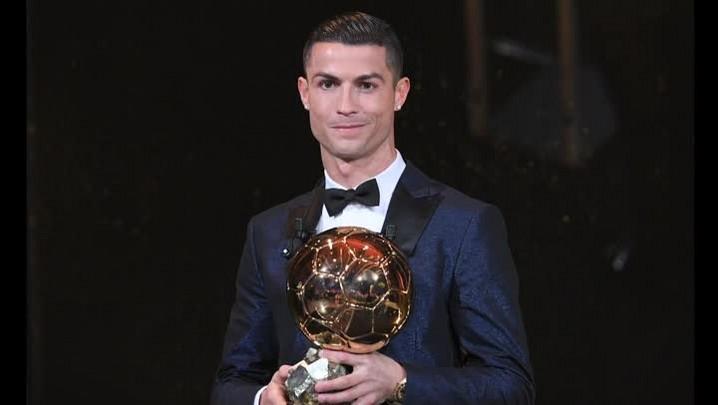 Cristiano Ronaldo conquista quinta Bola de Ouro