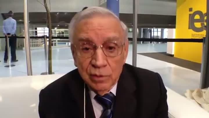 Ozires Silva fala sobre a educação no Brasil