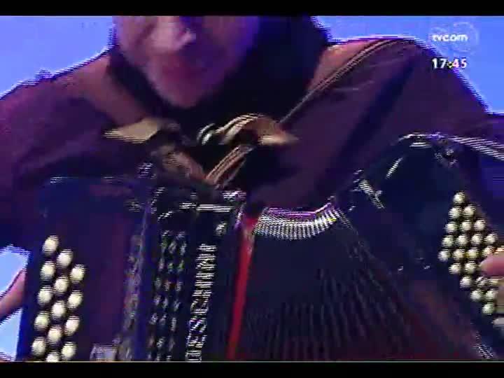 Programa do Roger - Confira a música de Erlon Péricles - bloco 1 - 10/06/2013