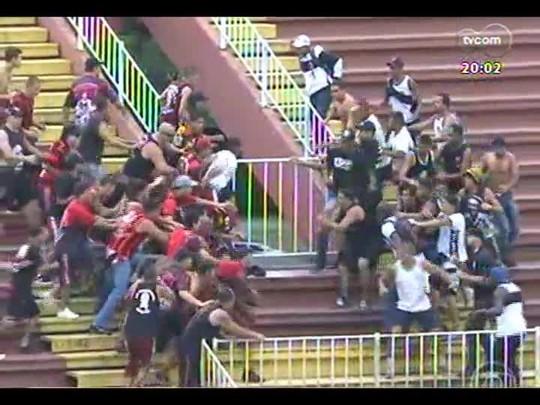 TVCOM 20 Horas - Discussão sobre violência dentro dos estádios - Bloco 1 - 09/12/2013