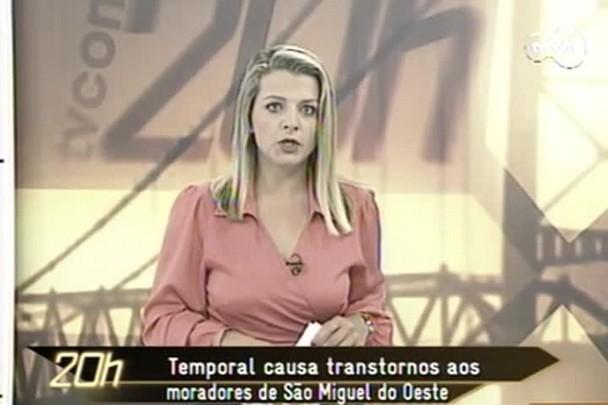 TVCOM 20h - Temporal causa transtornos aos moradores de São Miguel do Oeste - 13.12.14