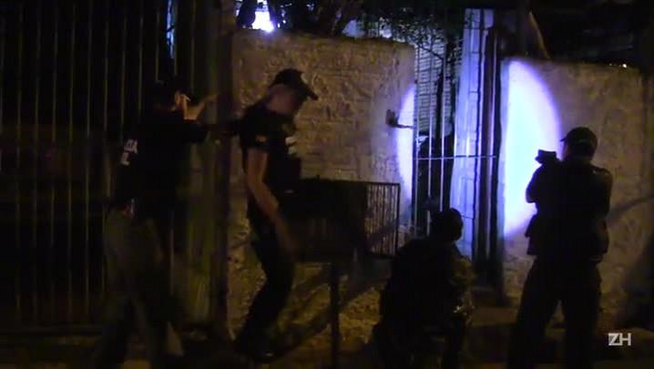 Polícia busca a arma que matou menina de 7 anos