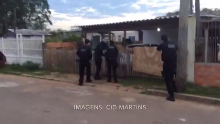Veja imagens da operação que desarticulou quadrilha que roubava um carro por dia na Grande Porto Alegre