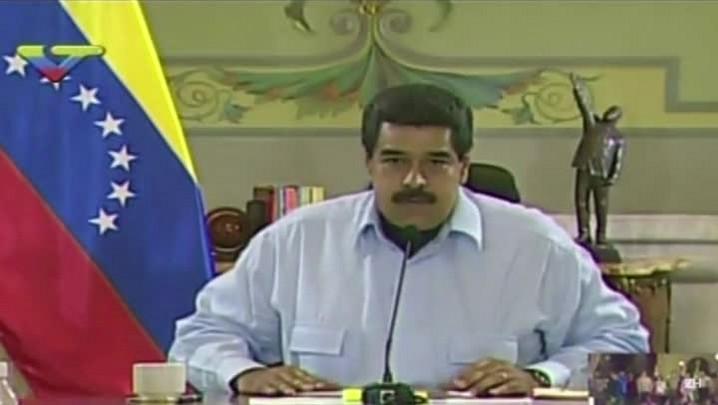 Maduro chama embaixador