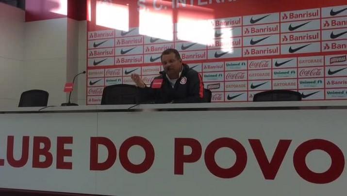 Celso Roth fala sobre a qualidade do time