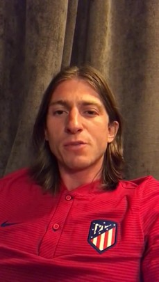 Jogador Filipe Luís grava vídeo dando os parabéns a Jaraguá Sul pelo aniversário de 141 anos