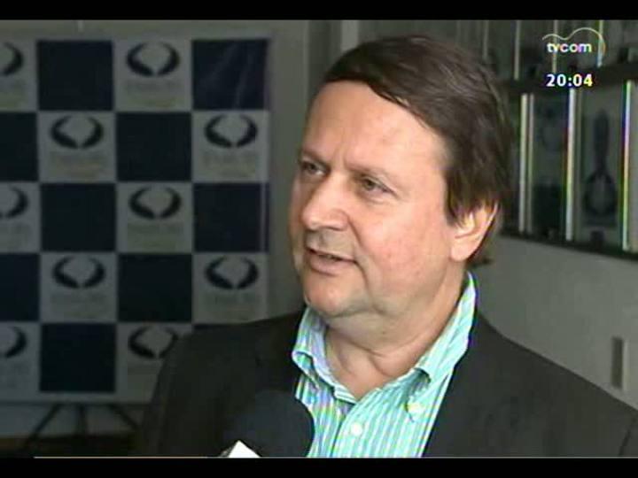 TVCOM 20 Horas - Informações sobre o aumento do número de PM\'s atuando fora da corporação - Bloco 1 - 05/08/2013
