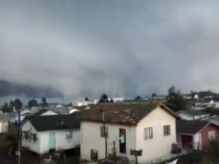 Internauta registra possível tornado na Serra catarinense