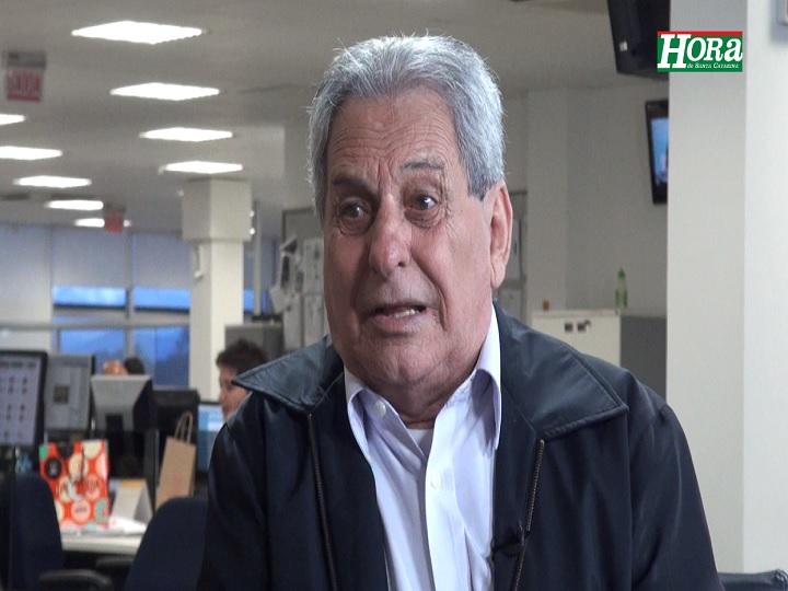 """Miguel Livramento: \""""Até o fim do ano, o presidente do Avaí vai deixar o cargo porque é um homem muito sério para o futebol\"""""""