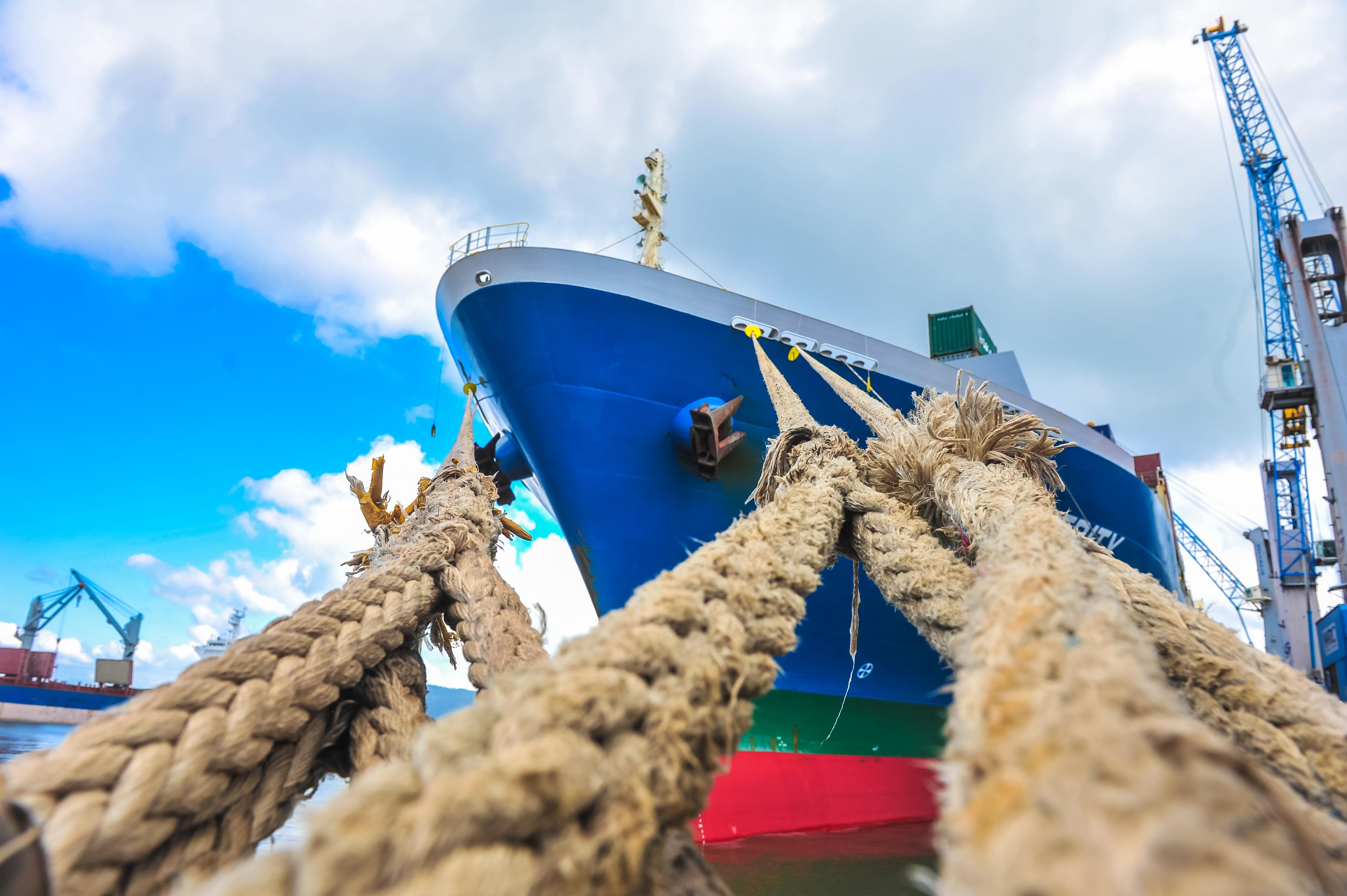 Portos de São Francisco do Sul e Itapoá são destaques na economia
