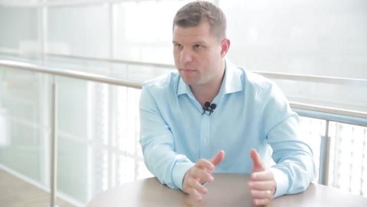Médico explica técnica de restauração de pulmões