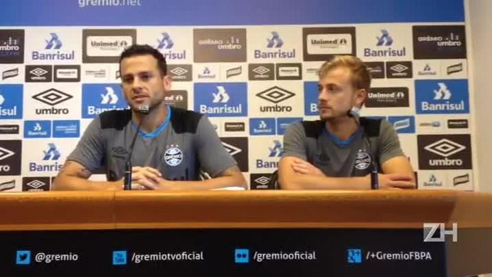 Bobô analisa Grêmio com Lincoln e Douglas jogando juntos