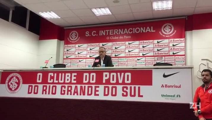 Melo avalia empate entre Inter e Corinthians