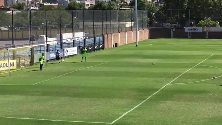 Renato treina os goleiros do Grêmio