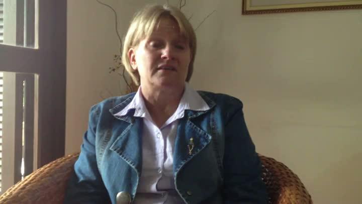 Prefeita de Mato Leitão conta como se protegeu durante invasão de assaltantes a sua casa