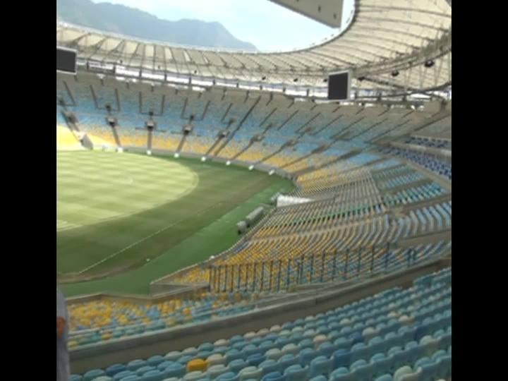"""Porto da Copa - Confira o comentário de Eduardo Gabardo, no Rio de Janeiro, e o \""""Minha Copa Inesquecível\"""" com Elza Soares - Bloco 2 - 10/11/2013"""