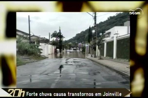 TVCOM 20h - Forte chuva causa transtornos em Joinville - 11.12.14