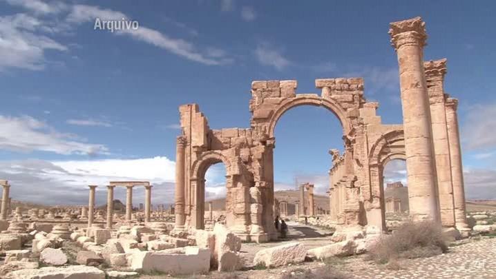 Unesco alerta para destruição de sítio arqueológico na Síria