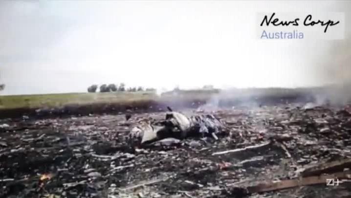 MH17: vídeo mostra saque a avião que caiu na Ucrânia
