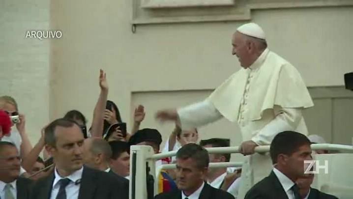 Papa pede que paróquias da Europa recebam famílias de refugiados