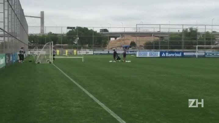 Recuperado, Grohe treina com goleiros do Grêmio