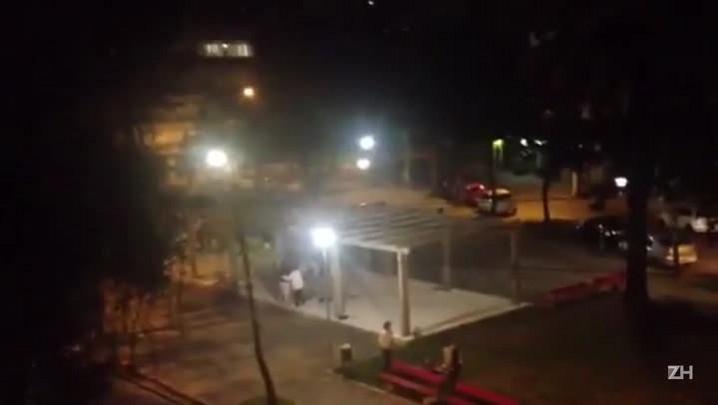 Imagens mostram ação dos policiais na Feira do Livro Feminista e Autônoma de Porto Alegre