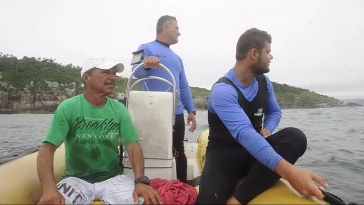 Reportagem do DC acompanha grupo de pescadores que ajudou nas buscas aos destroços do avião