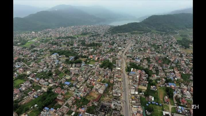 Avião cai no Nepal com 23 pessoas a bordo