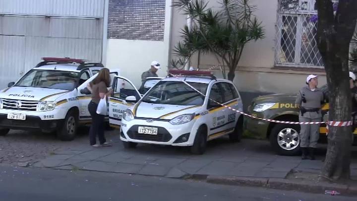 Dezesseis PMs têm de abandonar policiamento para realizar custódia de presos em Porto Alegre
