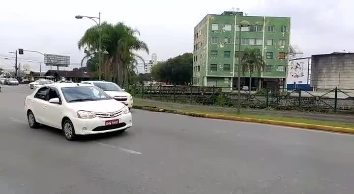 Taxistas organizam protesto na cidade de Joinville