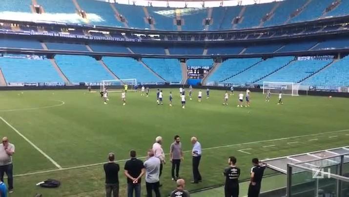 Grêmio abre parte final do treino desta segunda-feira