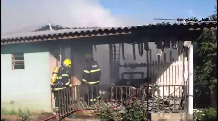 Crianças morrem em incêndio, em Xanxerê